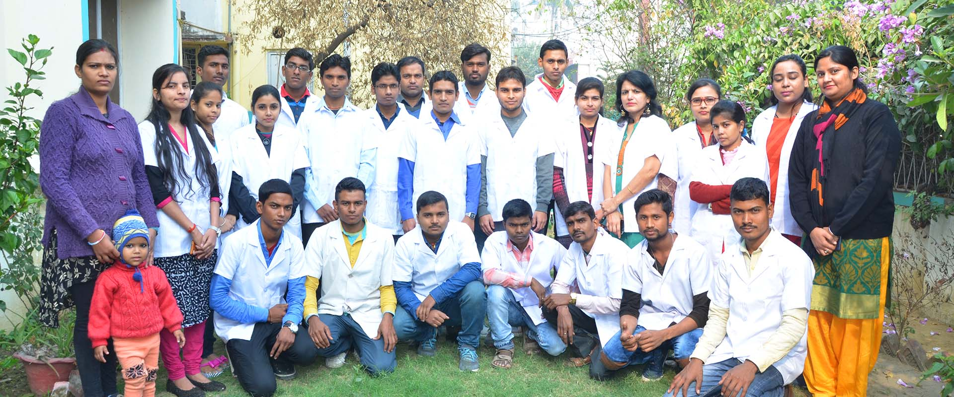 become a paramedic in patna,  how to become a paramedic in patna, lab technician in patna,  best lab technicians in patna